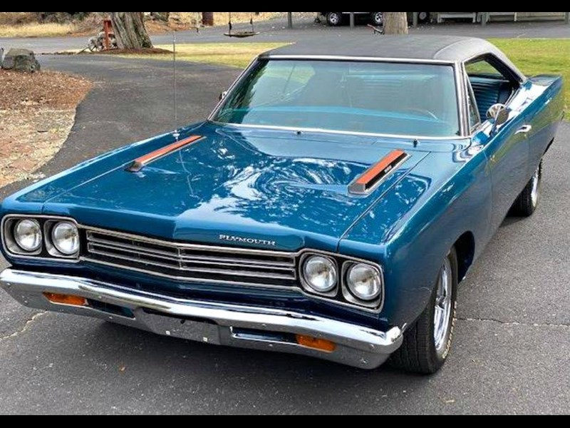 plymouth road runner 772359 013