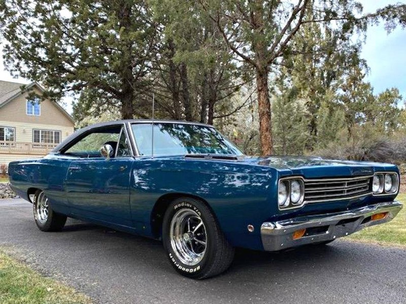 plymouth road runner 772359 001
