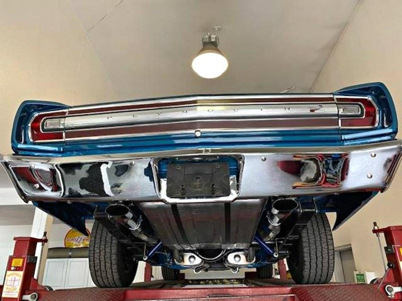 plymouth road runner 772359 043