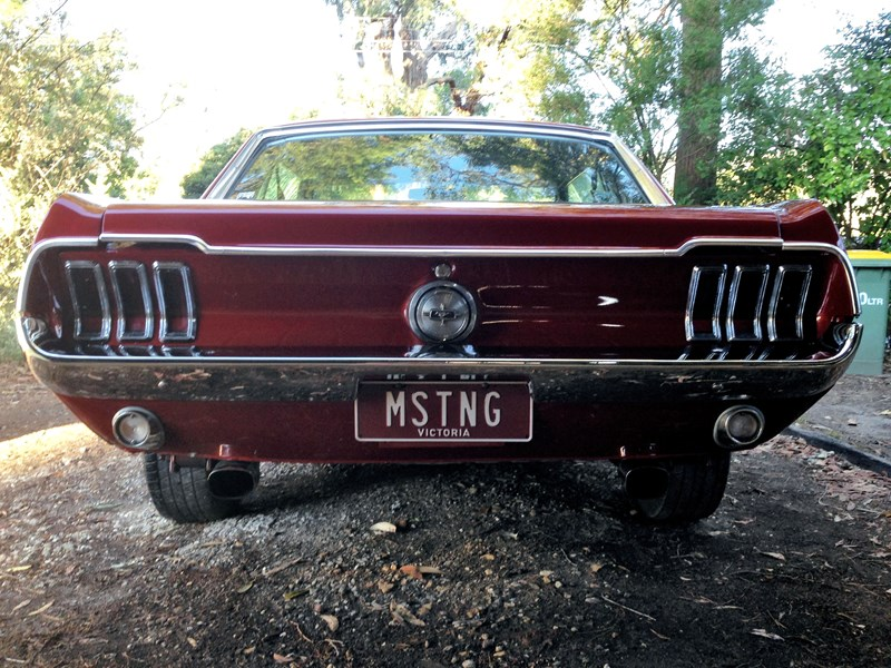 ford mustang 757256 005