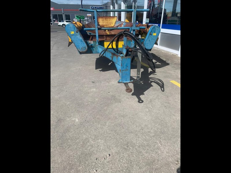 scannell 5 bale trailing feeder 775466 009