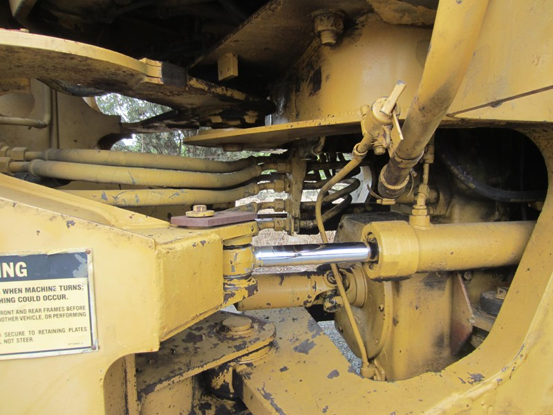 caterpillar 916 articulated front end loader 757295 037