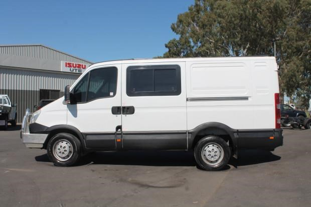 iveco daily 35s15 779356 031