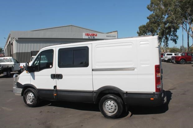 iveco daily 35s15 779356 027