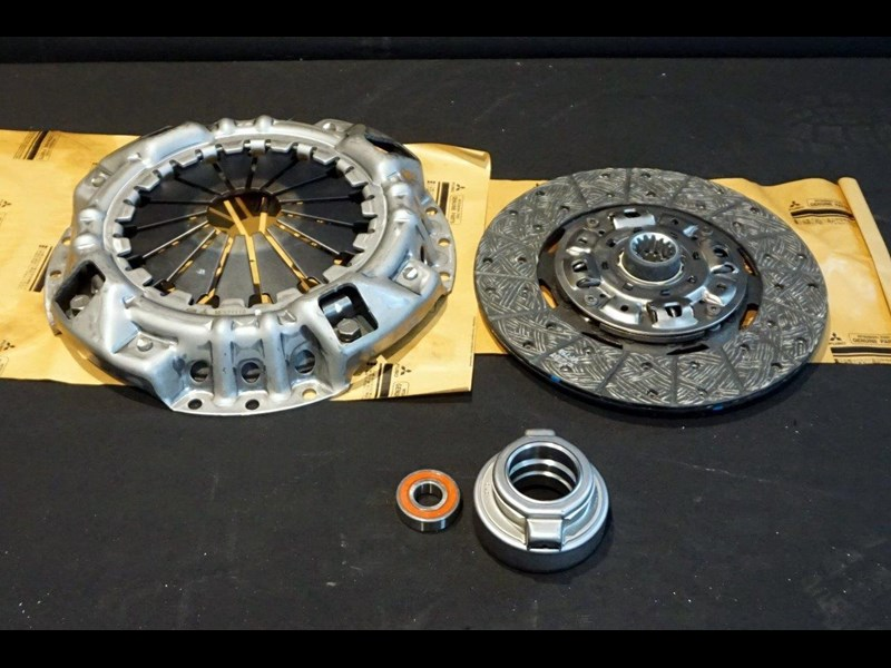 mitsubishi rosa clutch kit suit 2003 - 2007 782863 001