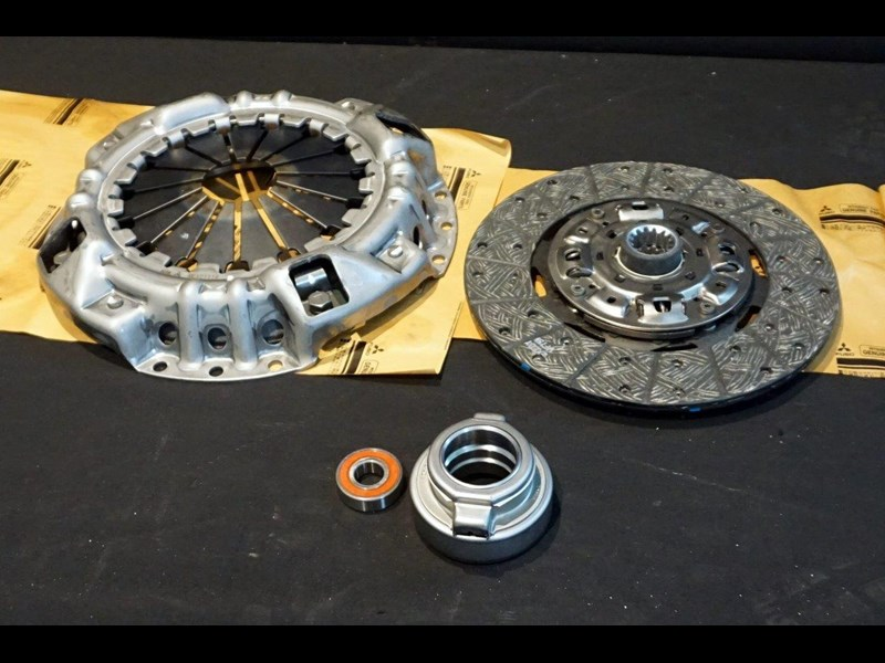 mitsubishi rosa clutch kit suit 2003 - 2007 782863 003