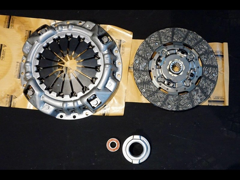 mitsubishi rosa clutch kit suit 2003 - 2007 782863 007