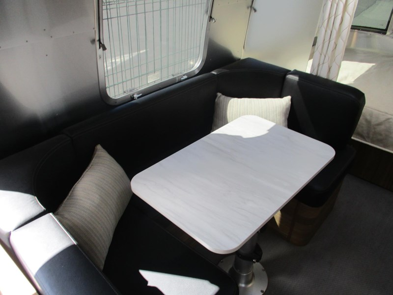 airstream international 18ft 782895 013