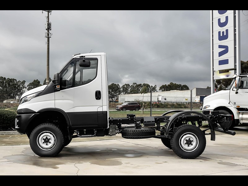 iveco daily 55s18hw 638938 009