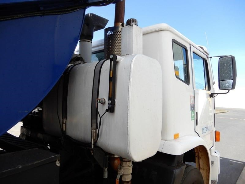 iveco acco 2350g 602700 017