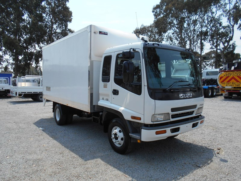 isuzu frr500 long 761455 001