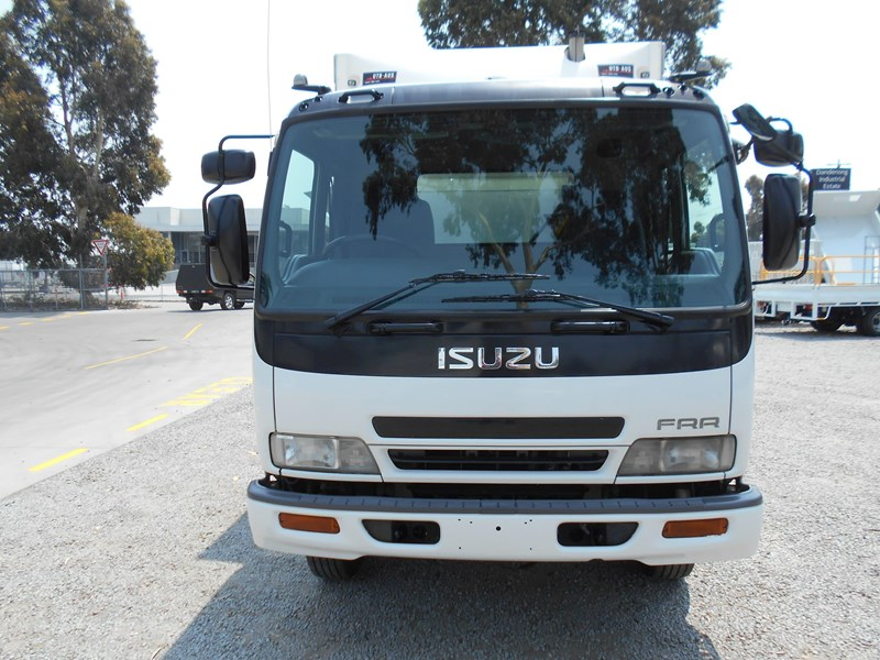 isuzu frr500 long 761455 003