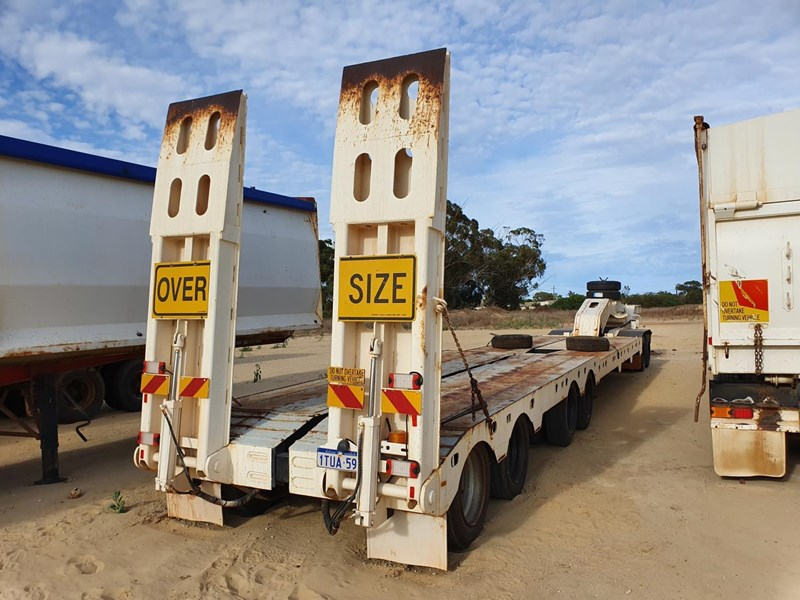 lusty quad axle low loader 784345 021