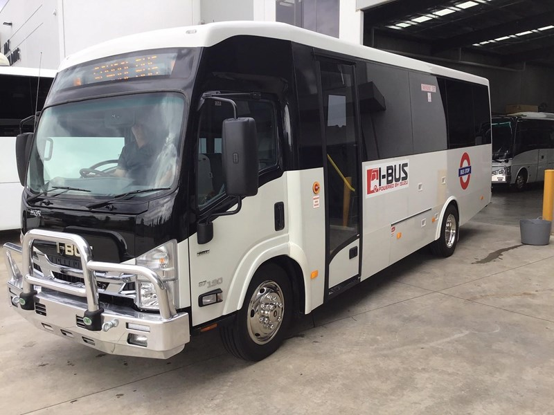 isuzu i-bus nqr series 26 seater bus 786919 003