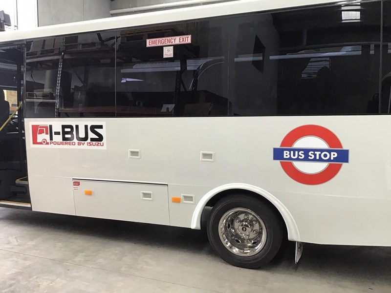 isuzu i-bus nqr series 26 seater bus 786919 005