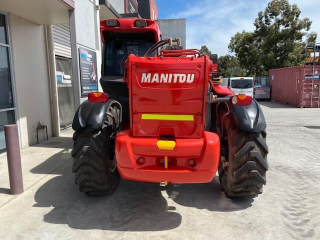 manitou mt1840 with pallet forks 787904 007