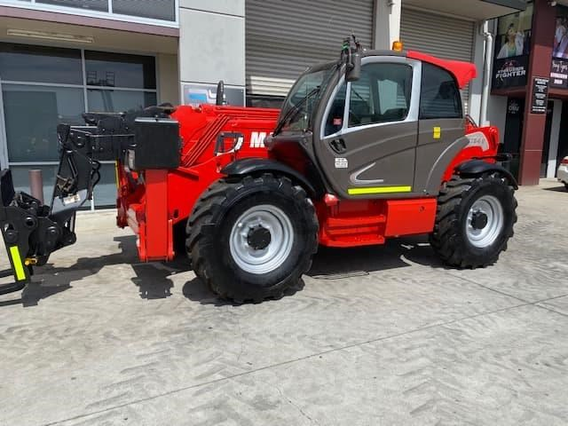 manitou mt1840 with pallet forks 787904 021