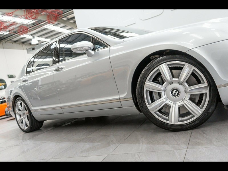bentley continental 788686 009