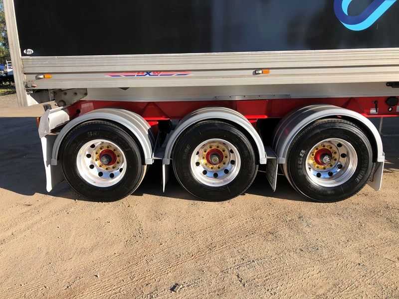 maxitrans b-double tipper combination 788946 055