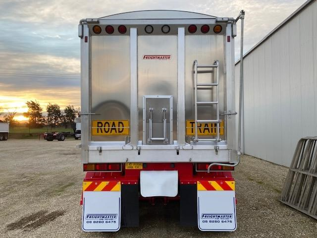 freightmaster b'double tippers 789845 041