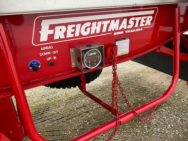 freightmaster b'double tippers 789845 047