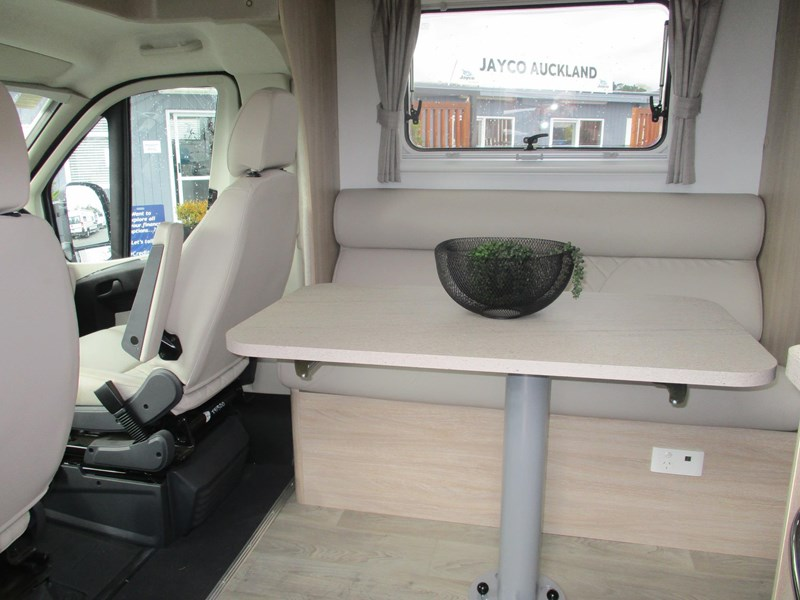 jayco conquest fa25-6 single beds 790344 011