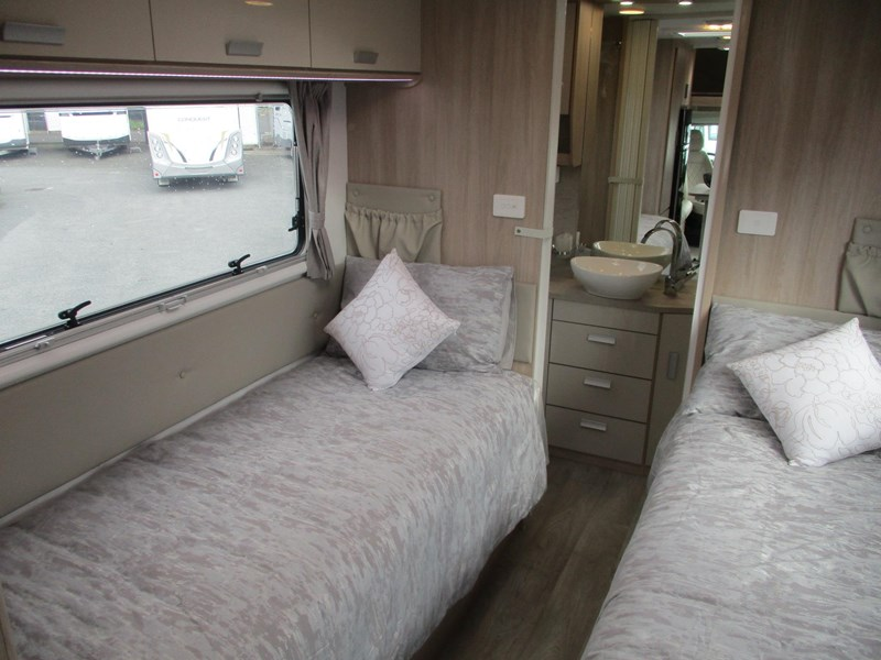 jayco conquest fa25-6 single beds 790344 023