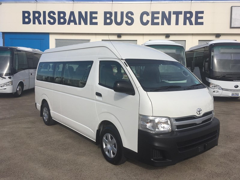 toyota hiace commuter kdh223r 14 seater 779329 001