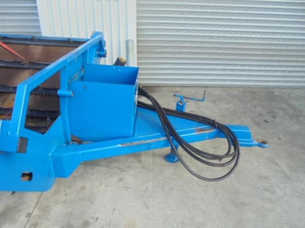 mcintosh double bale feeder 791833 039