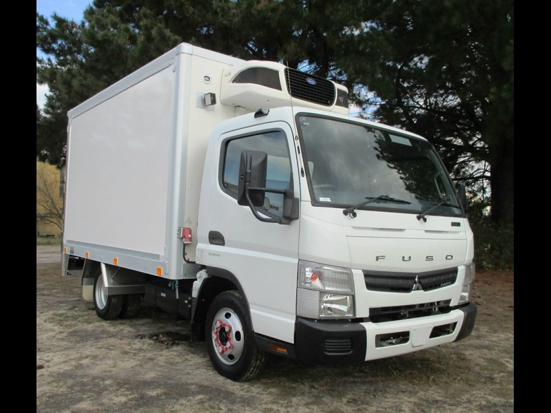 fuso canter 515 wide 782645 001