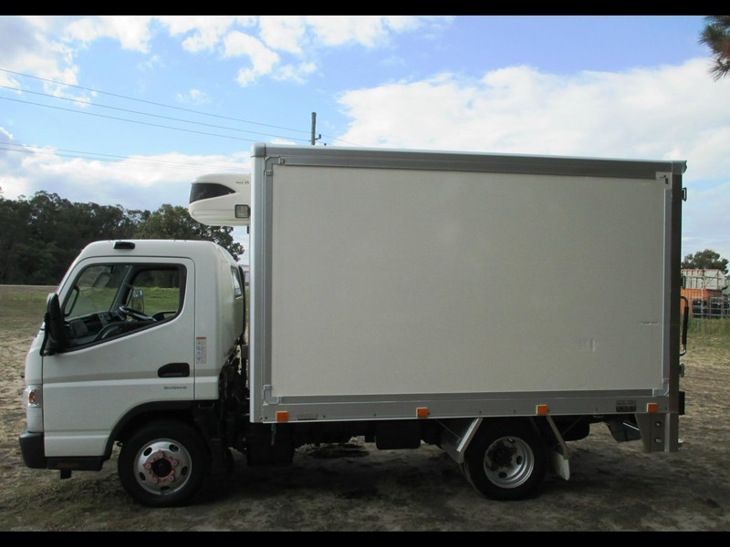fuso canter 515 wide 782645 015