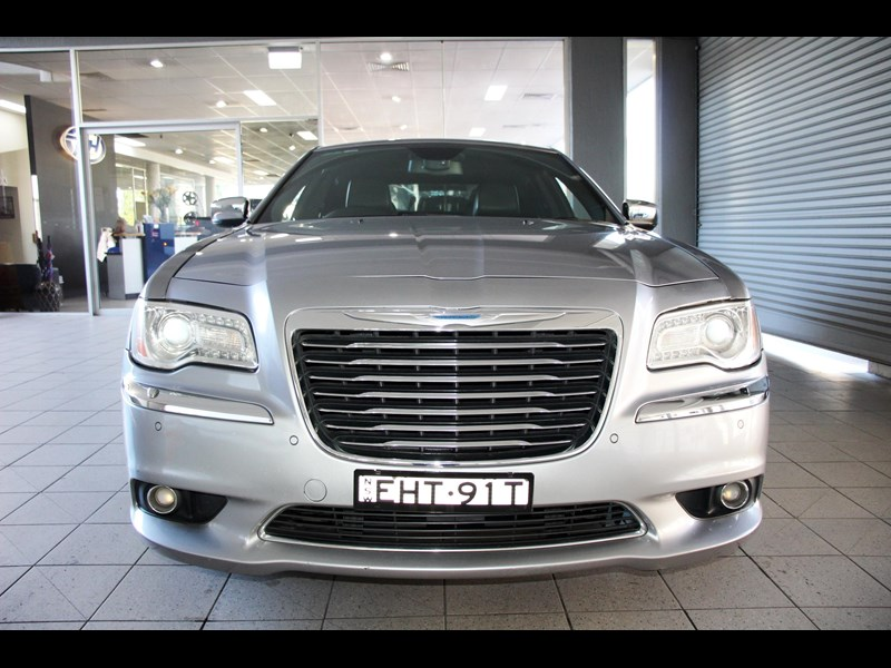chrysler 300c 796245 021