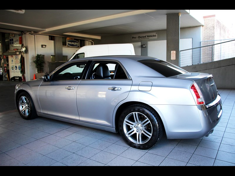 chrysler 300c 796245 051