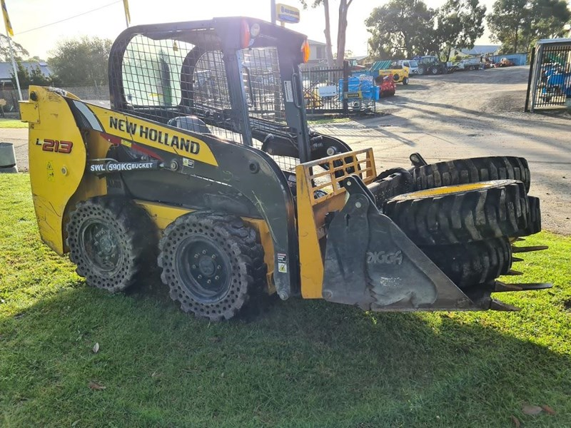 new holland l213 796649 007