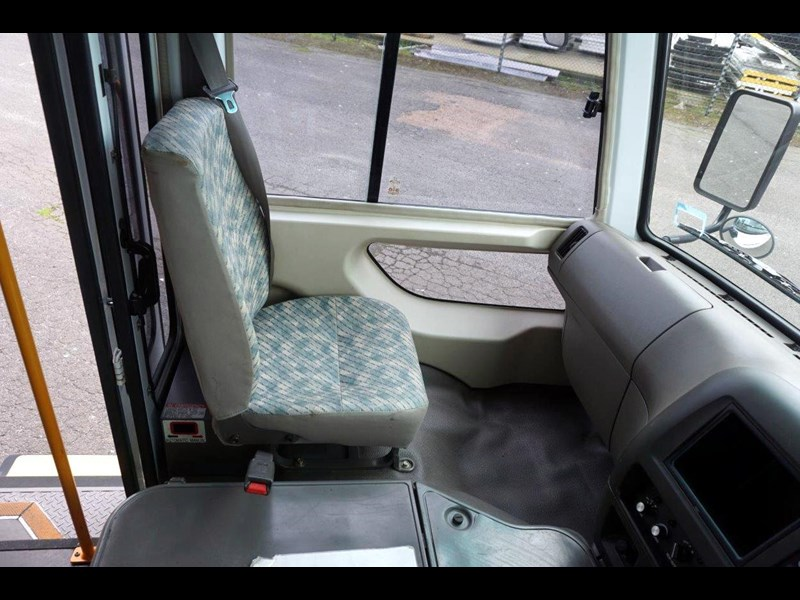 mitsubishi rosa 19 seat wheelchair bus 797415 021