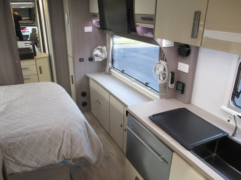jayco optimum iv29-5 689708 023
