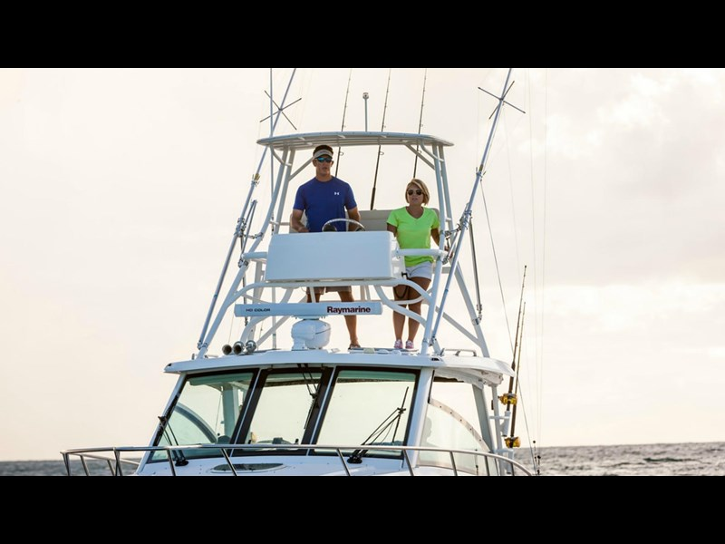 boston whaler 345 conquest - boat share 796708 013