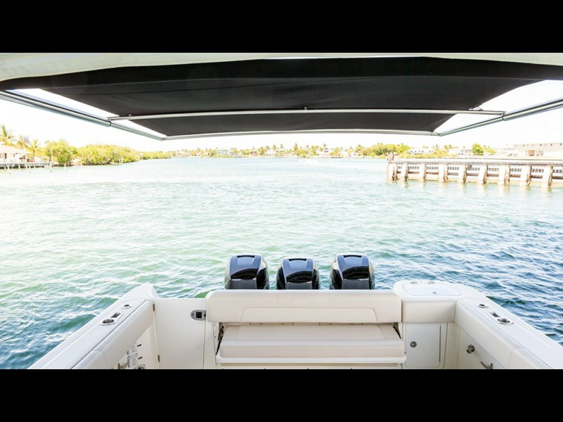 boston whaler 345 conquest - boat share 796708 027