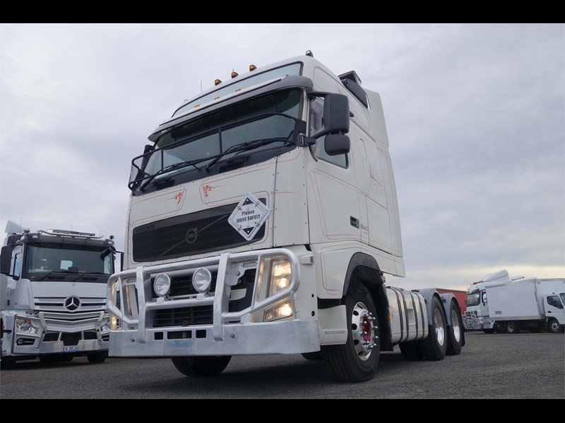 volvo fh12 770283 001