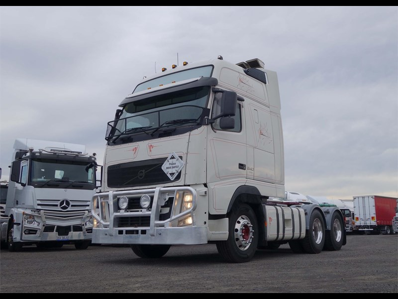 volvo fh12 770283 009