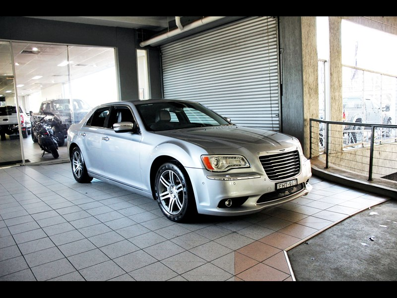 chrysler 300c 796245 001