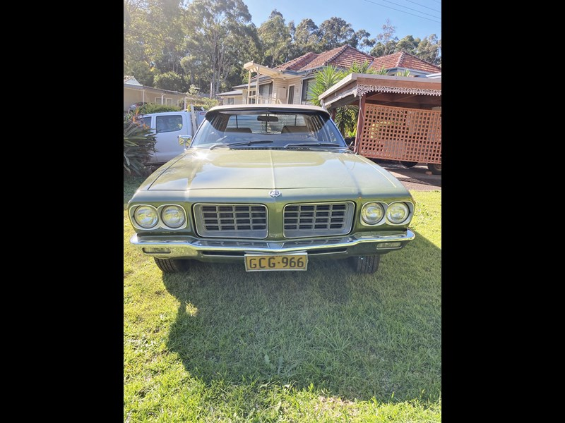 holden hq 800680 011