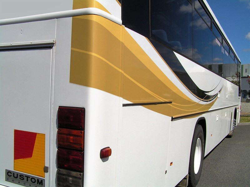 mercedes-benz 1421 custom coach 801276 009