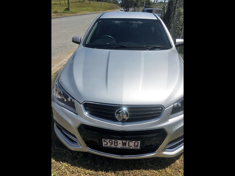 holden commodore ss 801882 003