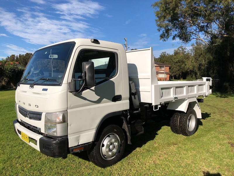 fuso canter 715 tipper 803084 005