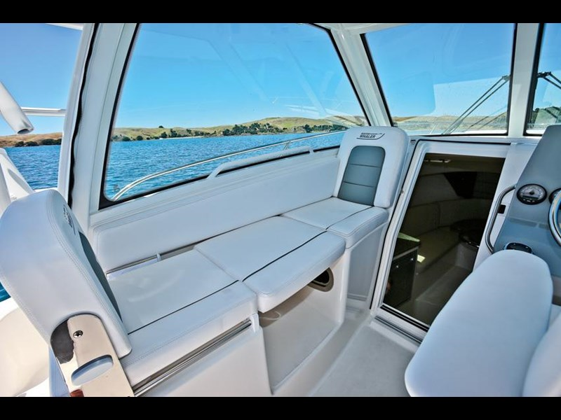 boston whaler 285 conquest 245299 075