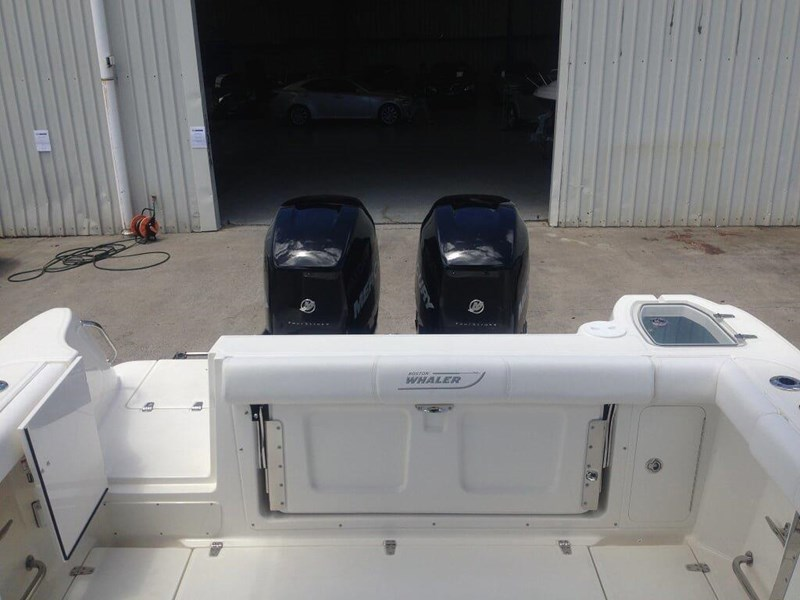 boston whaler 285 conquest 245299 095