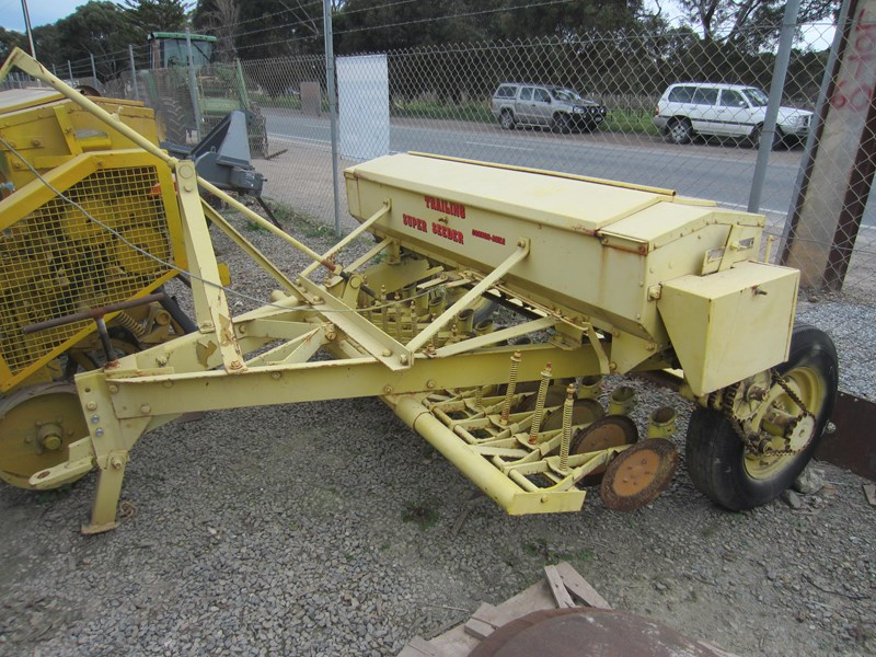 connor shea 14 row disc super seeder trailing 513327 029