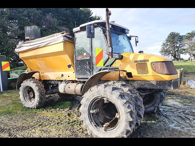 unknown multidrive 4200 self propelled bulky 804515 009