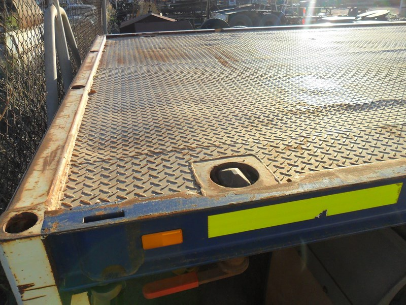 southern cross extendable triaxle flat top 800172 003